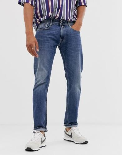 Replay Rob straight tapered fit jeans in mid wash-Blue