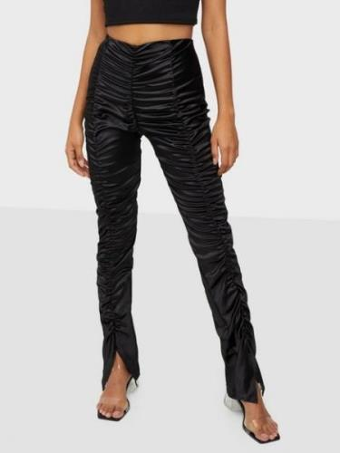 NLY One Ruched Satin Pant